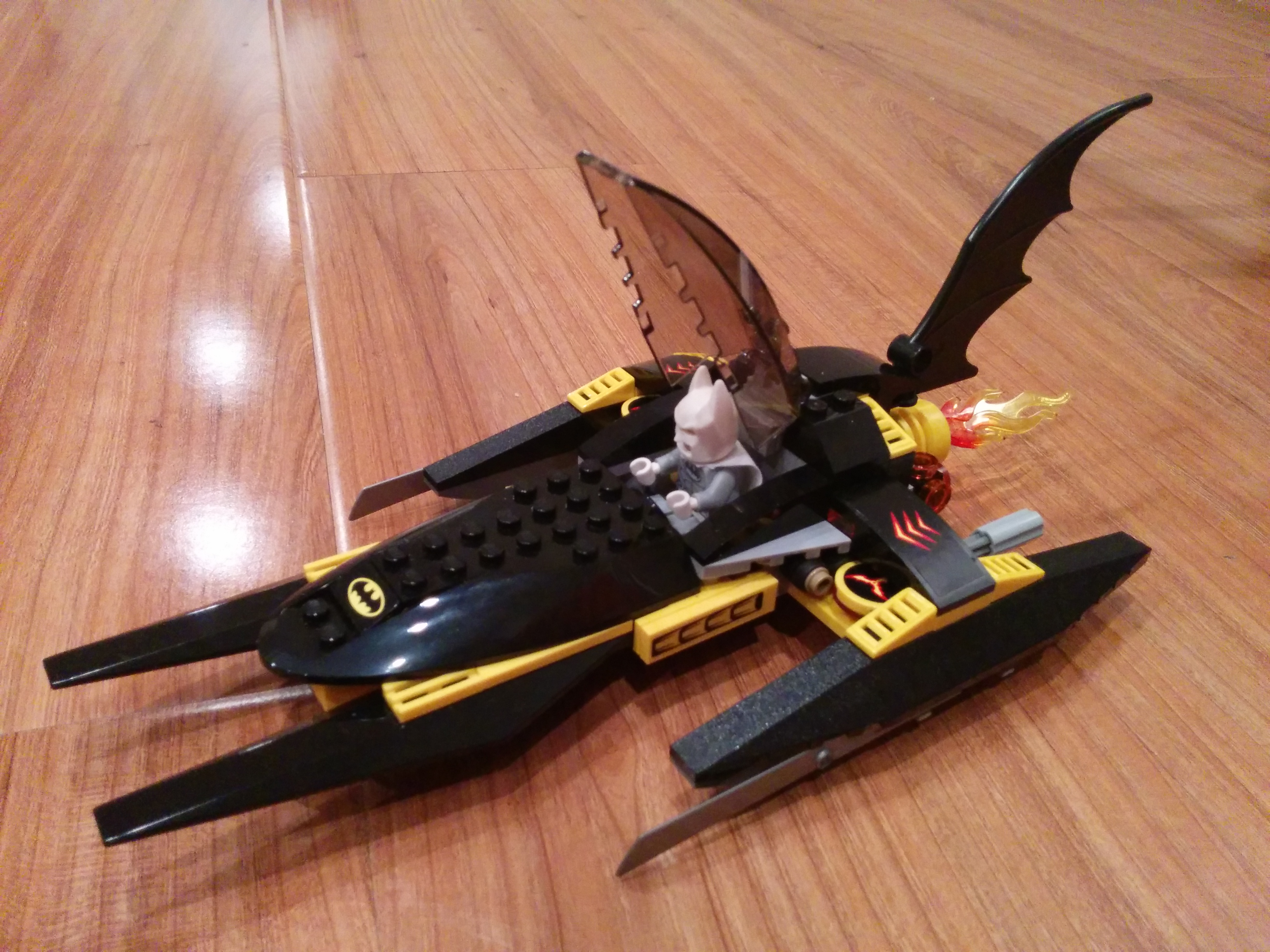 lego helicopter with Batmans Spaceship on Lego City 60125 Lhelicoptere De Transport Du Volcan likewise Helicopter and limousine further Helicopter further Police Helicopter also Transport Chopper.
